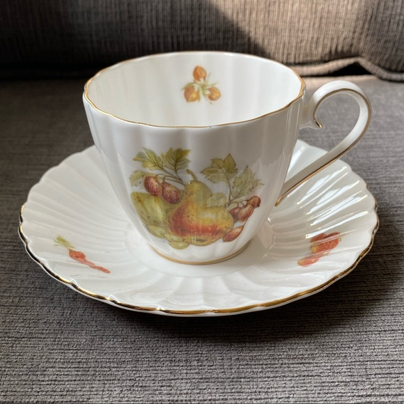 Vtg Royal Tuscan by Wedgewood teacup and saucer